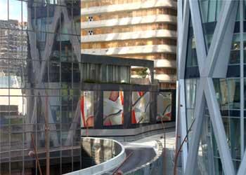 Art dans l'espace public,tableaux monumentaux de Guillaume Bottazzi à Paris La Défense