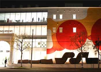 Guillaume Bottazzi public art in Japan for the museum Miyanomori