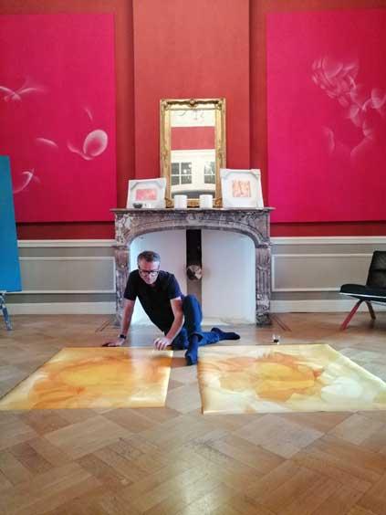 Guillaume Bottazzi dans son atelier, oeuvre en cours de réalisation