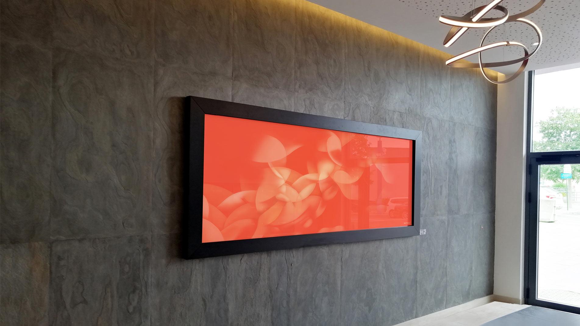 Guillaume Bottazzi, art public à Mandelieu sur la Côte d'Azur. Oeuvre abstraite couleur corail, réalisée avec des émaux