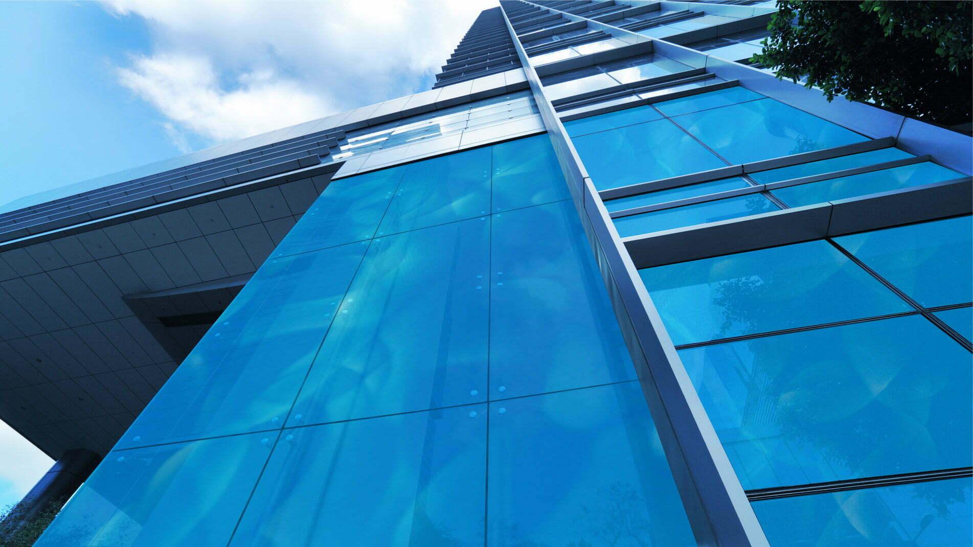 Emaux sur verre de Guillaume Bottazzi réalisés sur un building en Chine